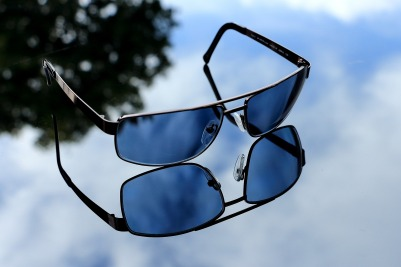 glasses-1696465_1920